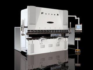 Dobradeira CNC - Futura 30-160T Warcom